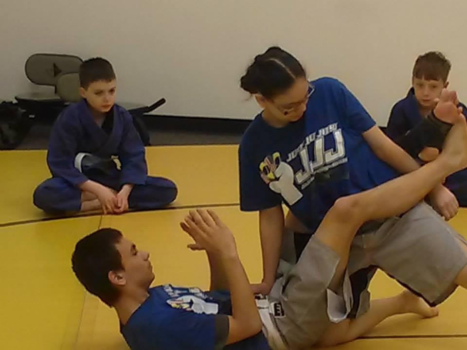 Top Reasons Your Daughter Should Learn Brazilin Jiu-Jitsu